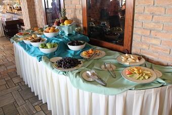 Frühstück: Frisches Obst