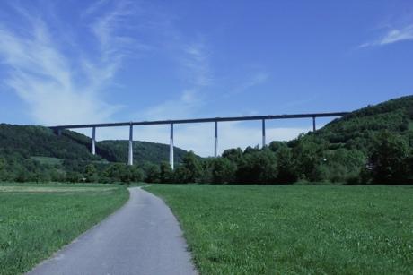 Autobahnbrücke A6