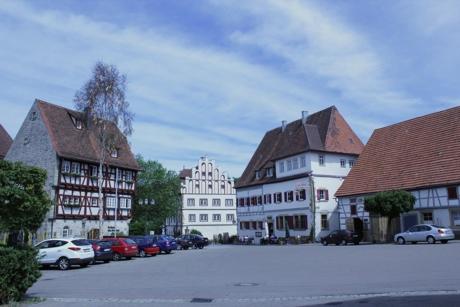 vellberg-marktplatz.jpg